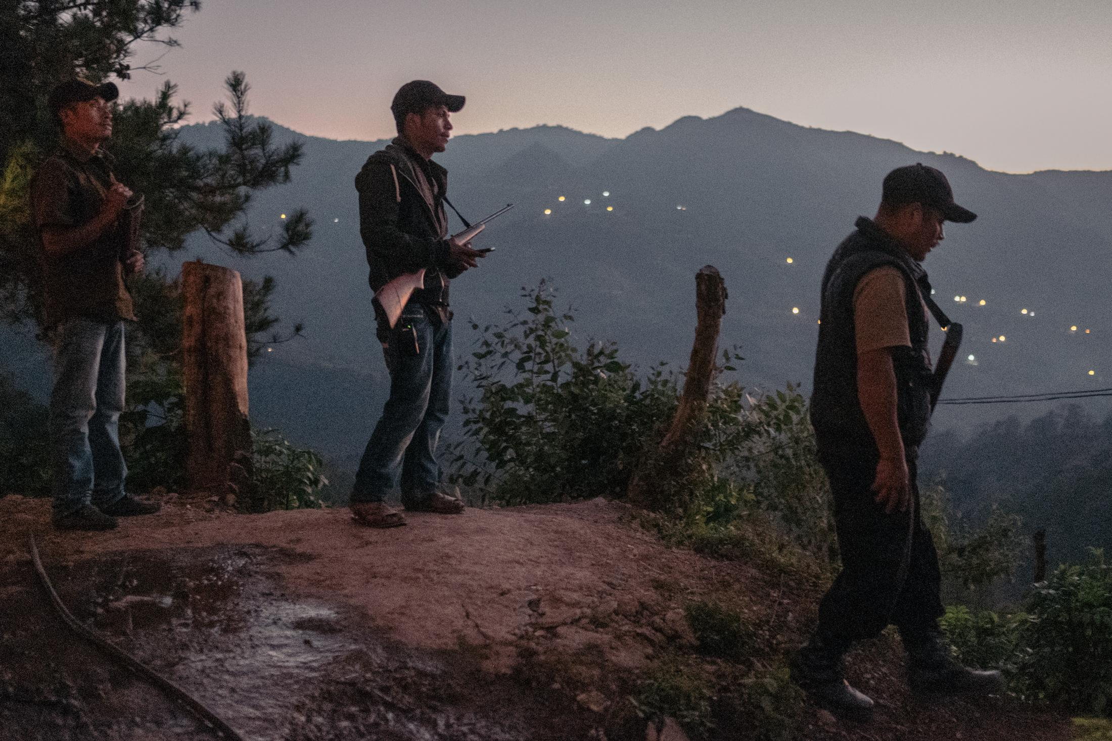 In the poppy-growing village, community police are monitoring and securing the town. The laws of the Mexican government do not apply in this area, as villages live in self-government with a community-based government. 28/11/2019 Laguna Seca, Guerrero, Mexique.