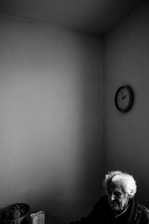 Lorsque l'on est seul à cet âge là, on passe la majeur partie de son temps à attendre, à réfléchir.
