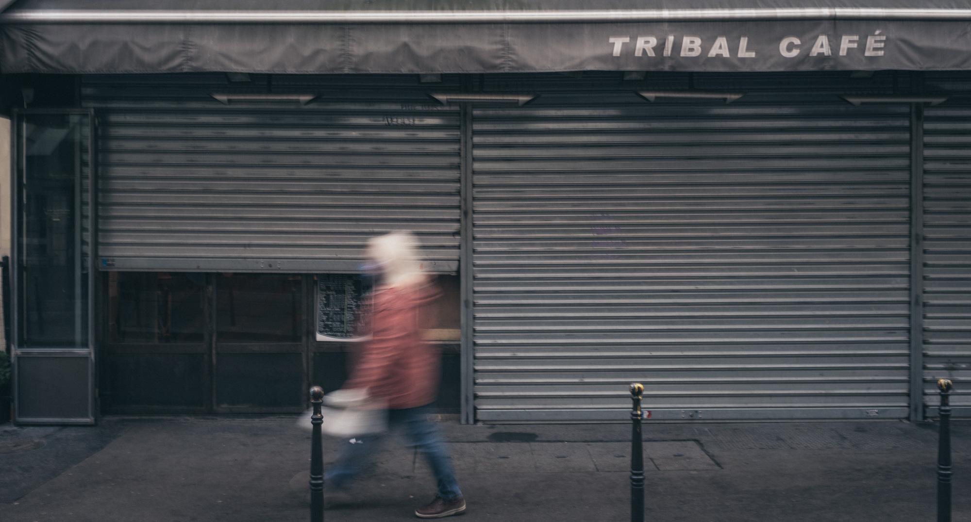 Tribal Café. Covid side effects in Paris.