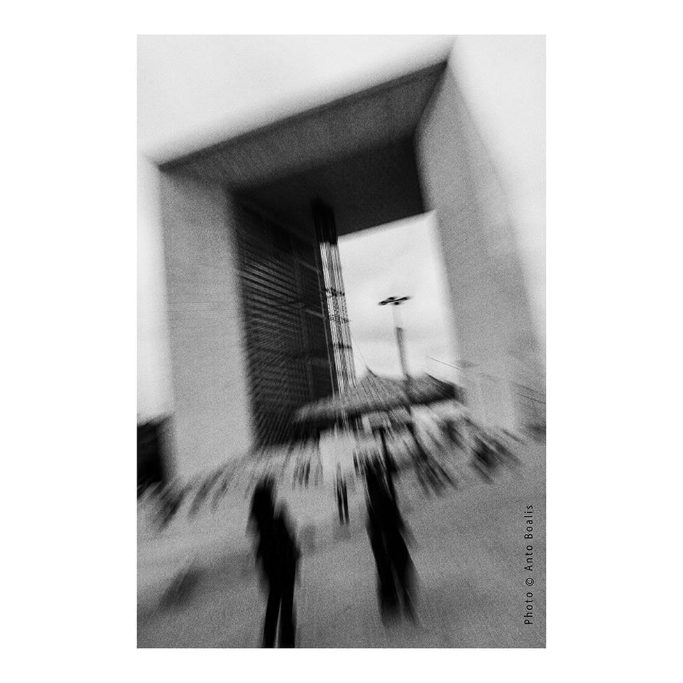 February - Grande Arche de la Défense