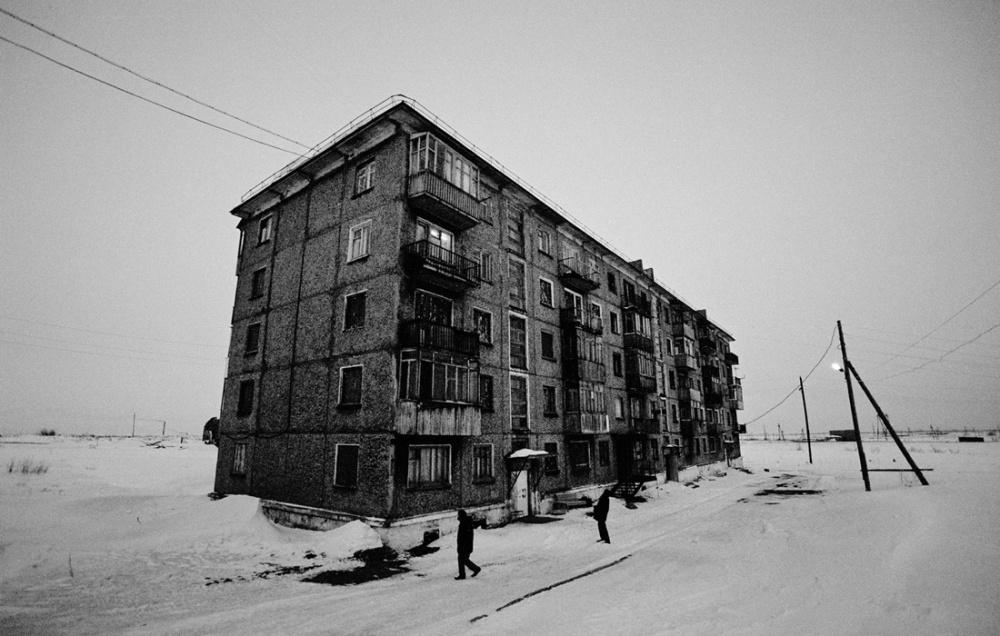 Art and Documentary Photography - Loading 08_SOVIETLAND_1.jpg