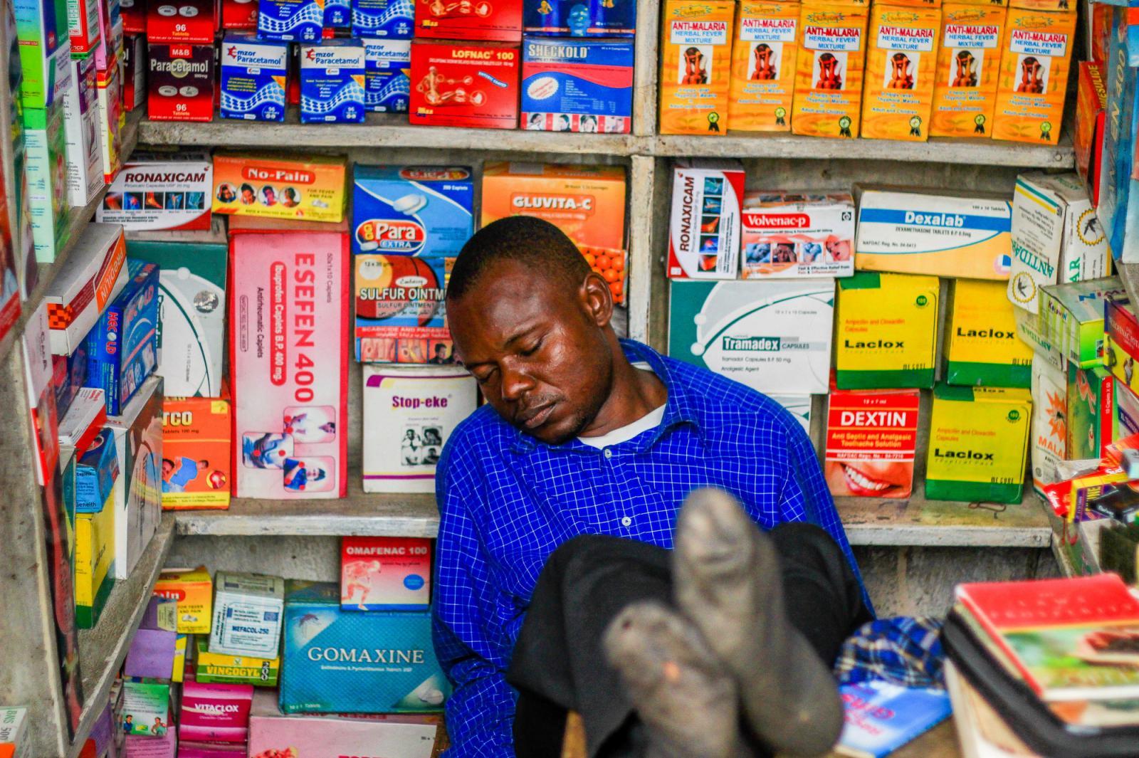 Photography image - Loading Sleeping_On_Duty_Adeyinka_Yusuf_01.JPG
