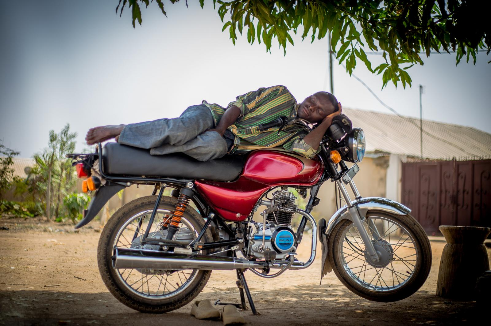 Photography image - Loading Sleeping_On_Duty_Adeyinka_Yusuf_02.JPG