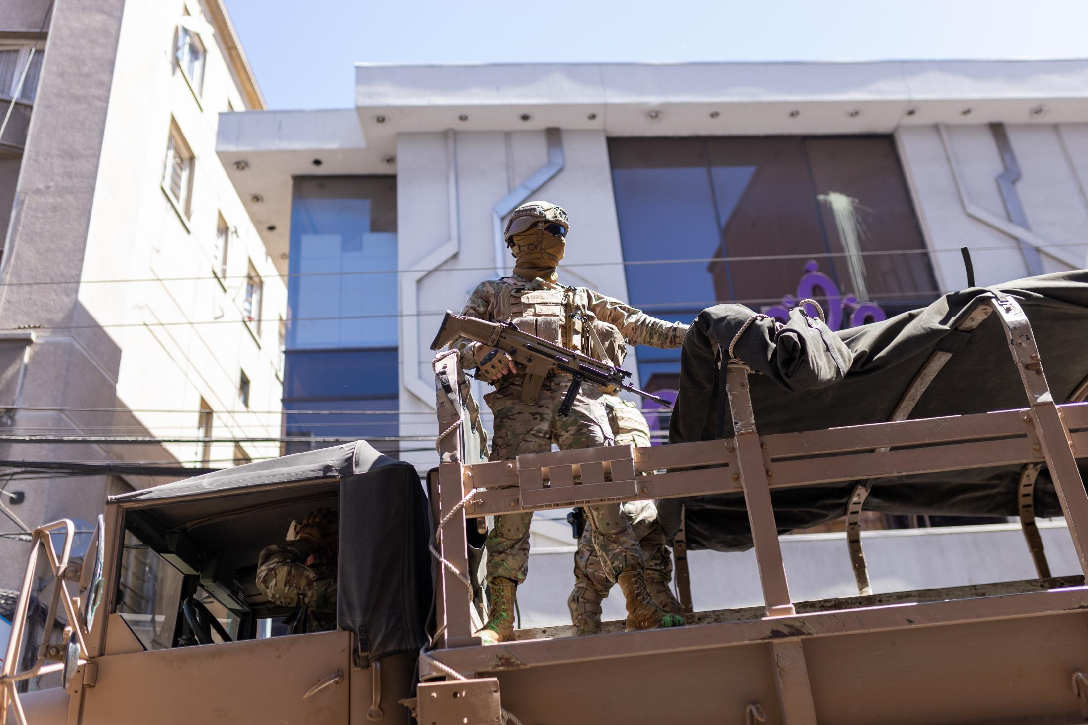 October 22, 2019. Military deployed through the streets of Valparaíso during a day of protest. On October 19, due to the acts of violence and civil unrest, President Piñera declared a state of emergency, establishing a curfew in several cities, as declared for the first time since the return to democracy.