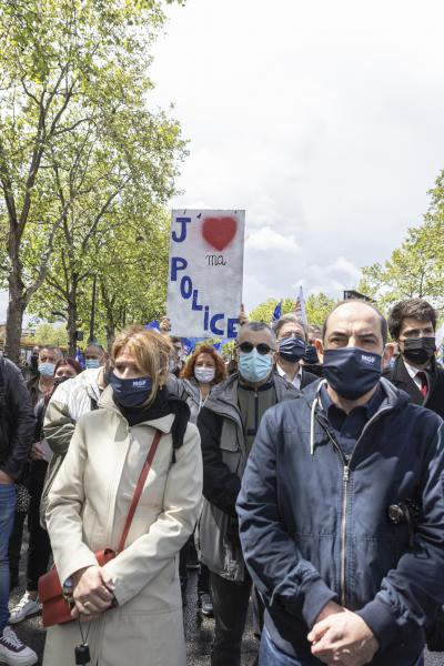 Sign of support held by a policewoman, or a citizen during the citizen's rally, inter-union demonstration of police officers such as Alliance Police Nationale, UNSAP, SGP etc., to denounce the laxity of justice and in tribute to all police officers injured or killed on duty, in front of the National Assembly, in Paris, on May 19, 2021. Antoine Wdo / Hans Lucas Pancarte de soutien tenue par une femme policiere, ou une citoyenne lors du rassemblement citoyen, manifestation citoyenne inter syndicale des policiers comme Alliance Police Nationale, UNSAP, SGP etc, pour denoncer le laxisme de la justice et en hommage a tous les policiers blesses ou tues en fonction, devant l' Assemblee nationale, a Paris, le 19 mai 2021. Antoine Wdo / Hans Lucas