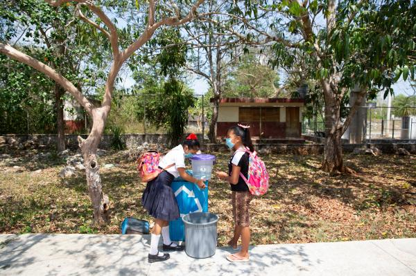 Education in indigenous communities during school closure due to the COVID-19 pandemic in Mexico.