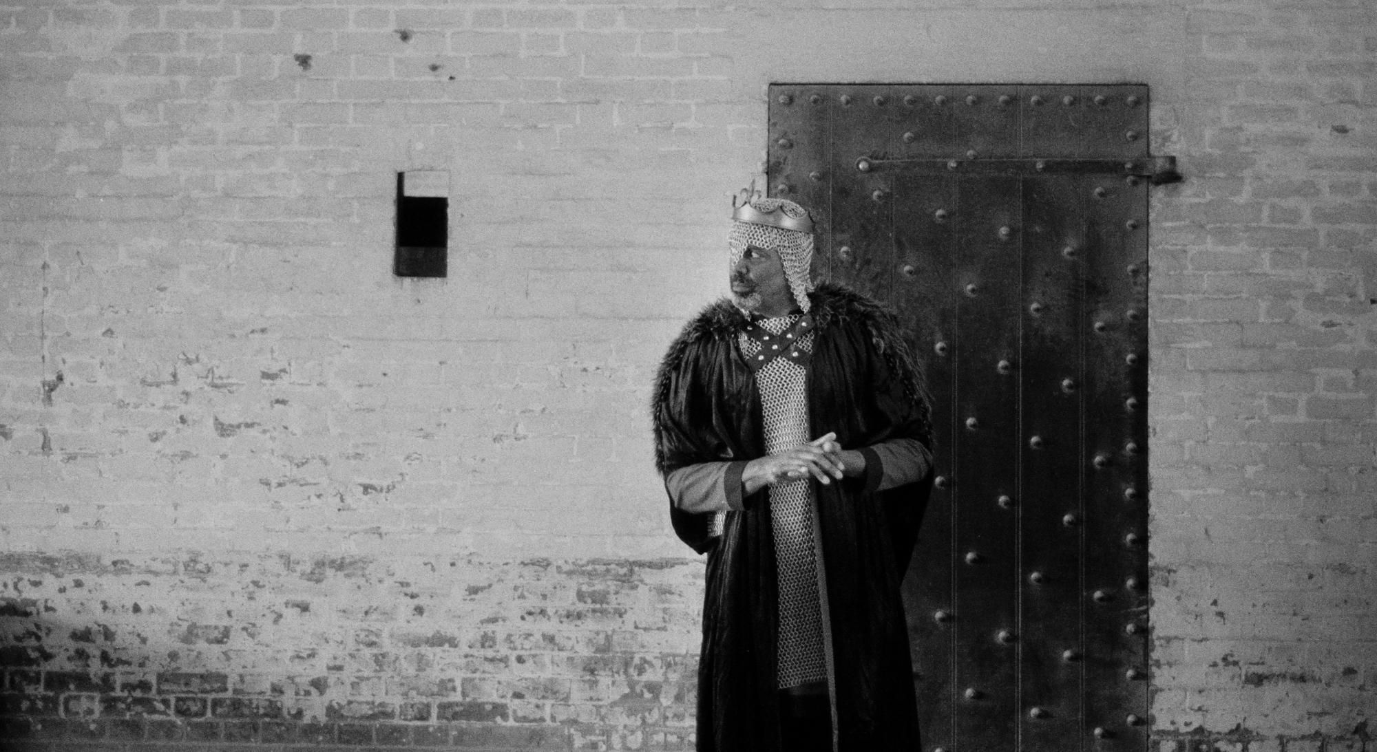 Art and Documentary Photography - Loading king-stephen-de-blois-by-douglas-despres-16.jpg