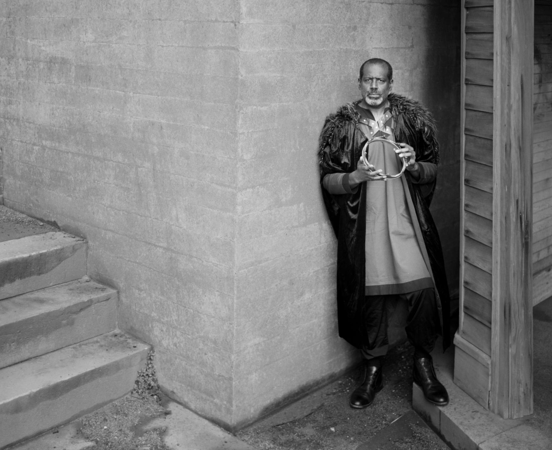 Art and Documentary Photography - Loading king-stephen-de-blois-by-douglas-despres-27.jpg
