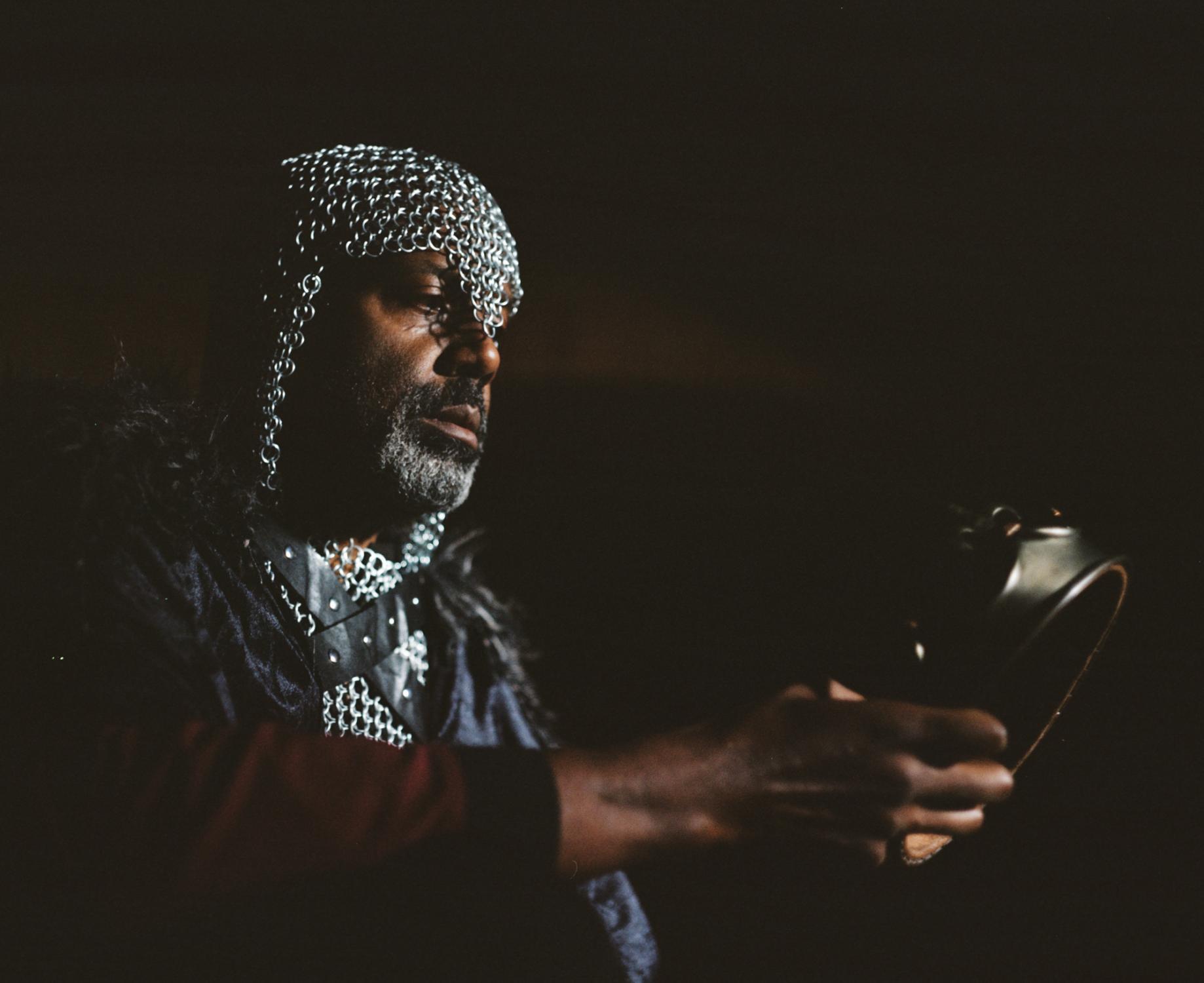 Art and Documentary Photography - Loading king-stephen-de-blois-by-douglas-despres-28.jpg