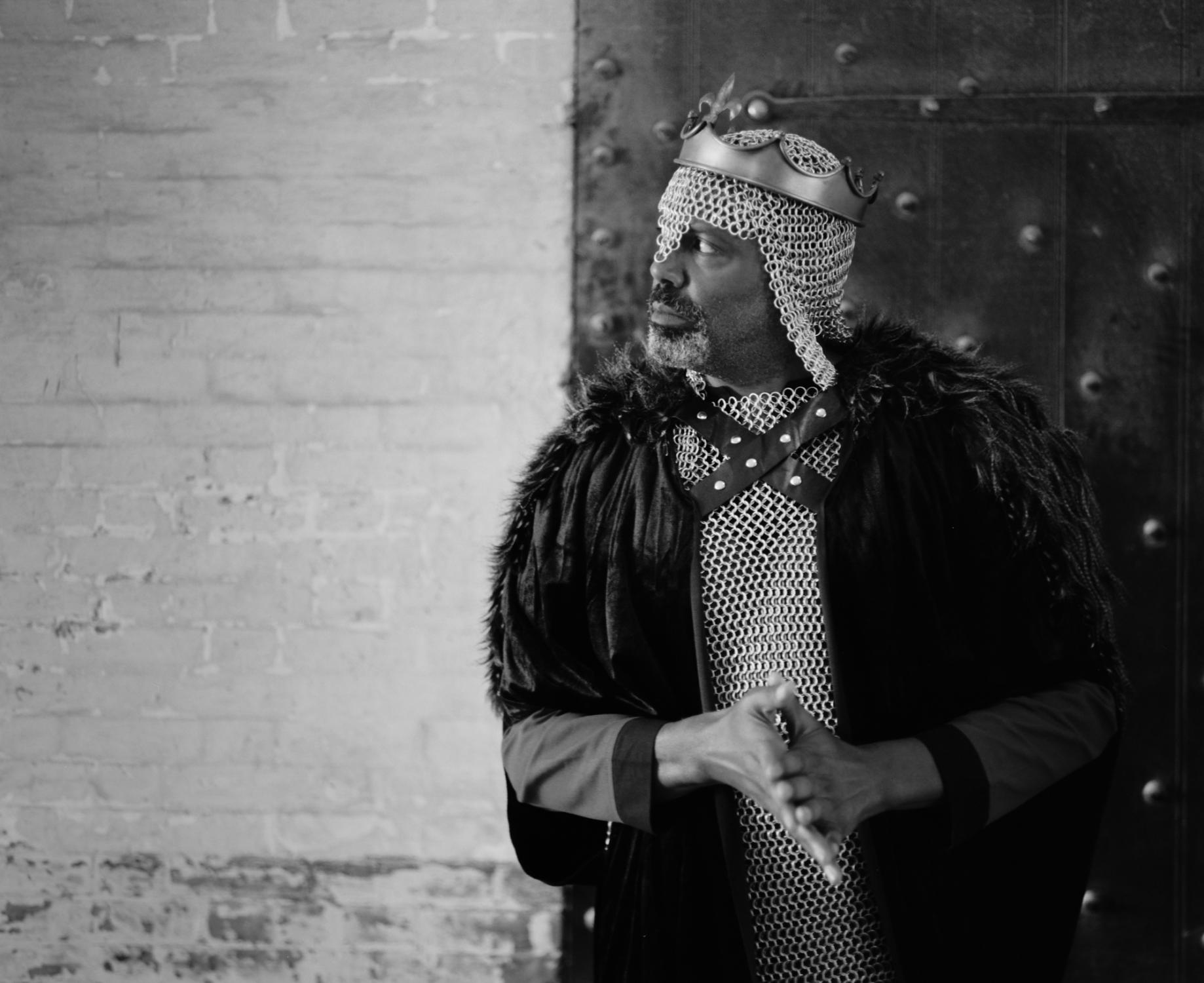 Art and Documentary Photography - Loading king-stephen-de-blois-by-douglas-despres-45.jpg