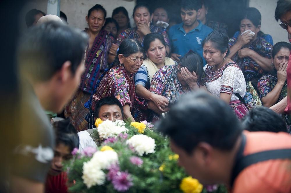 Photography image - Loading Rodrigo_Funeral_072712_149A.JPG