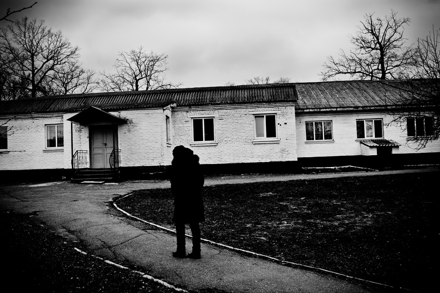 Art and Documentary Photography - Loading 13ll.jpg