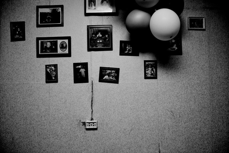Art and Documentary Photography - Loading 19l.jpg