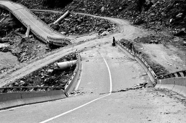 The road to Yingxiu town which was destroyed by the quake, Sichuan province.