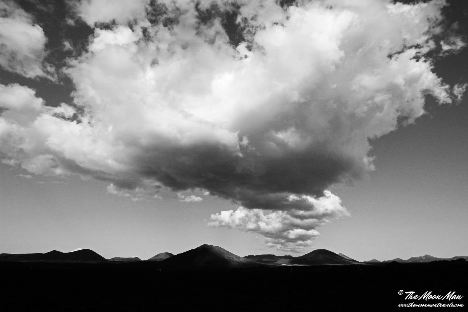 Photography image - Loading Charco_de_los_Clicos_y_Los_Hervideros__Lanzarote_(10)_b_w.jpg