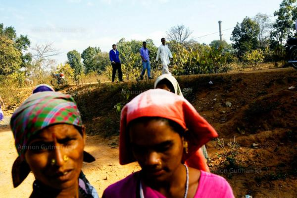 Women from the village of Chiraipani , working in construction outside of the main sponge plant.