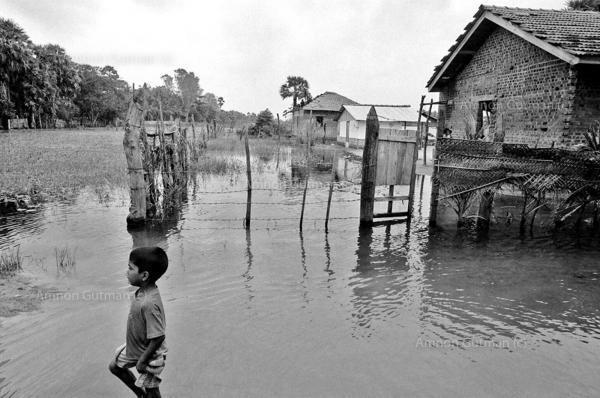 Flooded villages after heavy monsoon rains, Batticaloa, East Sri Lanka.