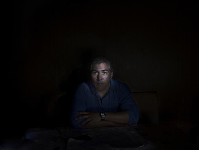 Art and Documentary Photography - Loading Insane Security05.JPG