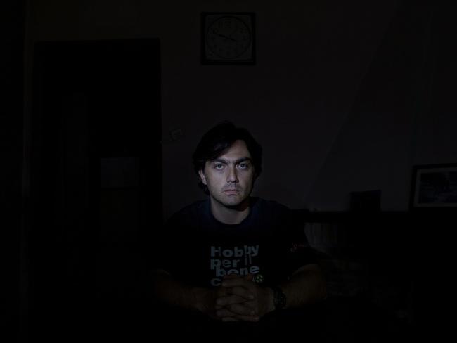 Art and Documentary Photography - Loading Insane Security21.JPG