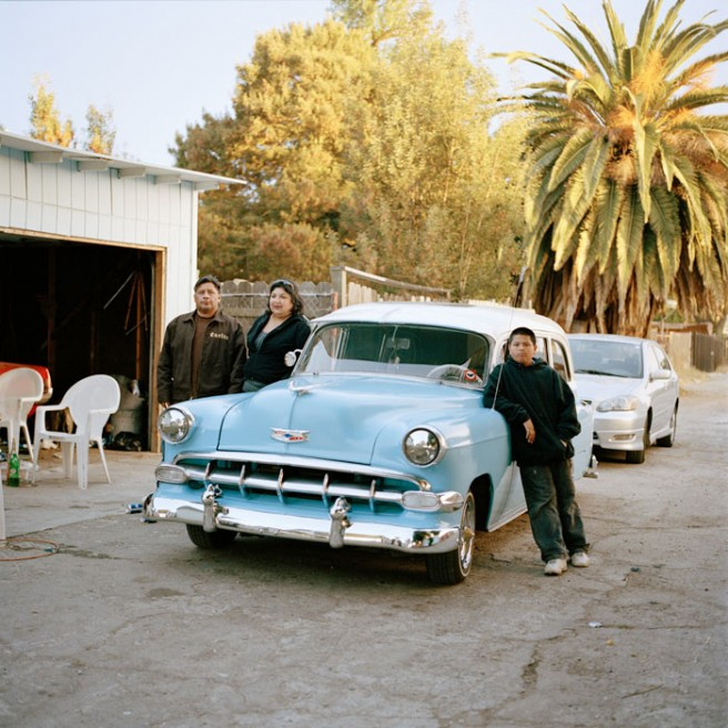 Art and Documentary Photography - Loading Familia_Cadillac copy.jpg