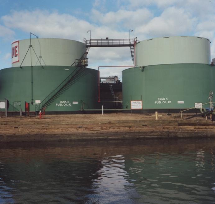Art and Documentary Photography - Loading gowanus oil tanksS.jpg