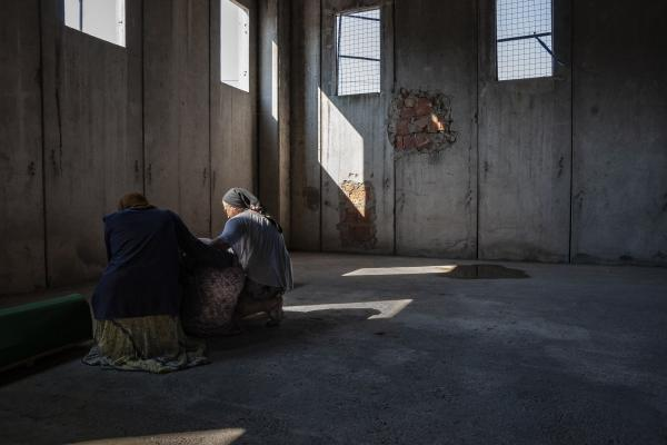 Mourning in Srebrenica