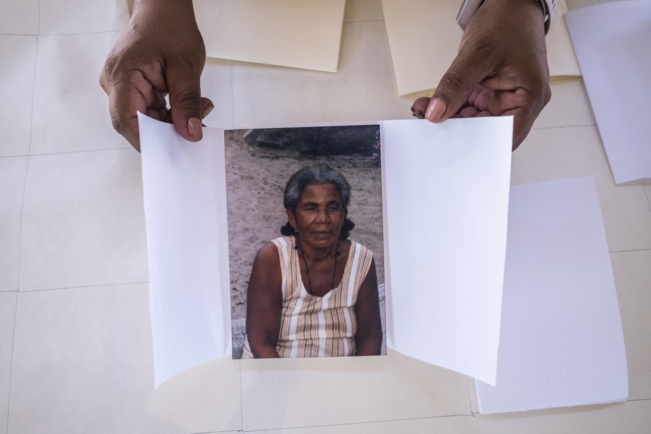 Art and Documentary Photography - Loading 15ALBUM_OAXACA_04ALBUM_OAXACA_DSCF8876.jpg