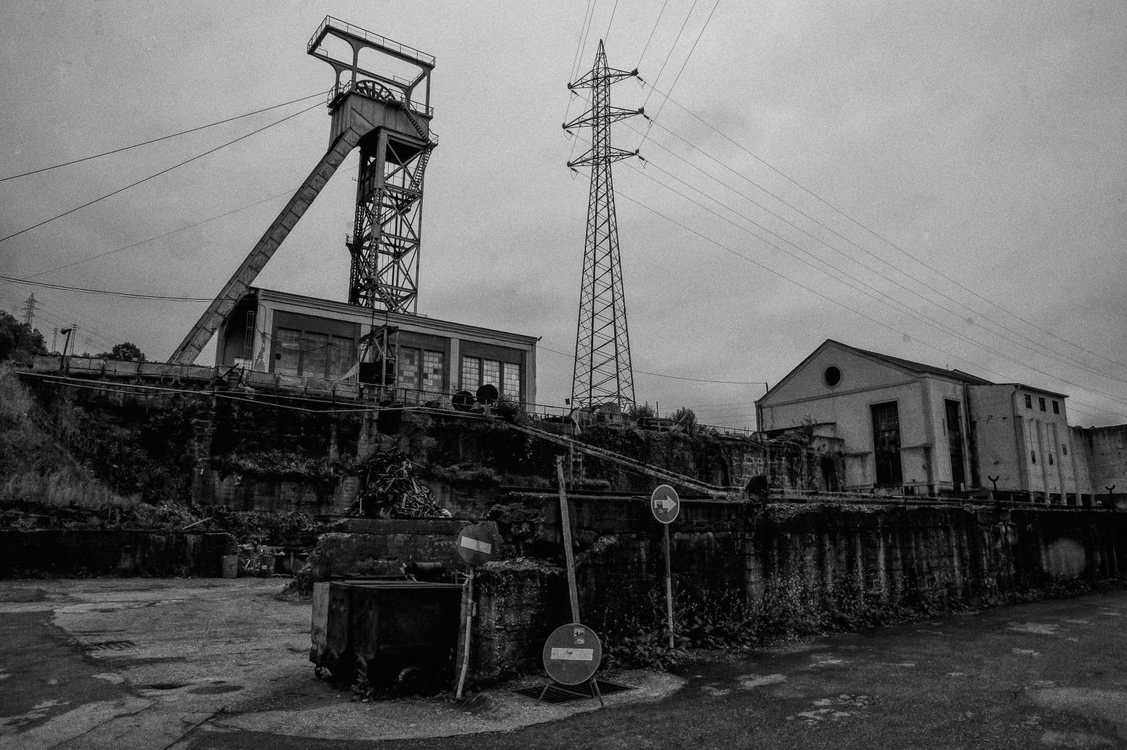 Photography image - Loading miner__a-1.jpg