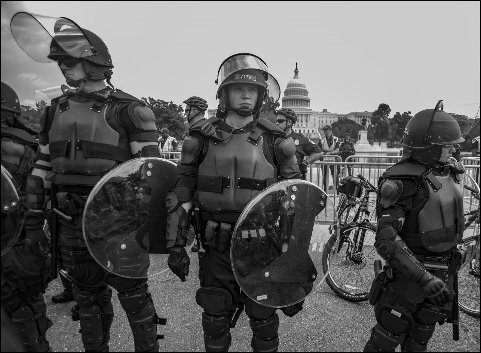 Photography image - Loading __Riot_police.Capitol.v1.jpg