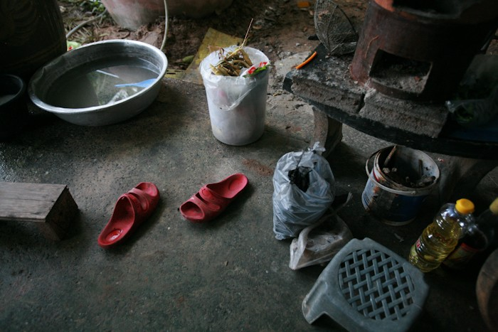 Art and Documentary Photography - Loading Nok (7 of 10).jpg