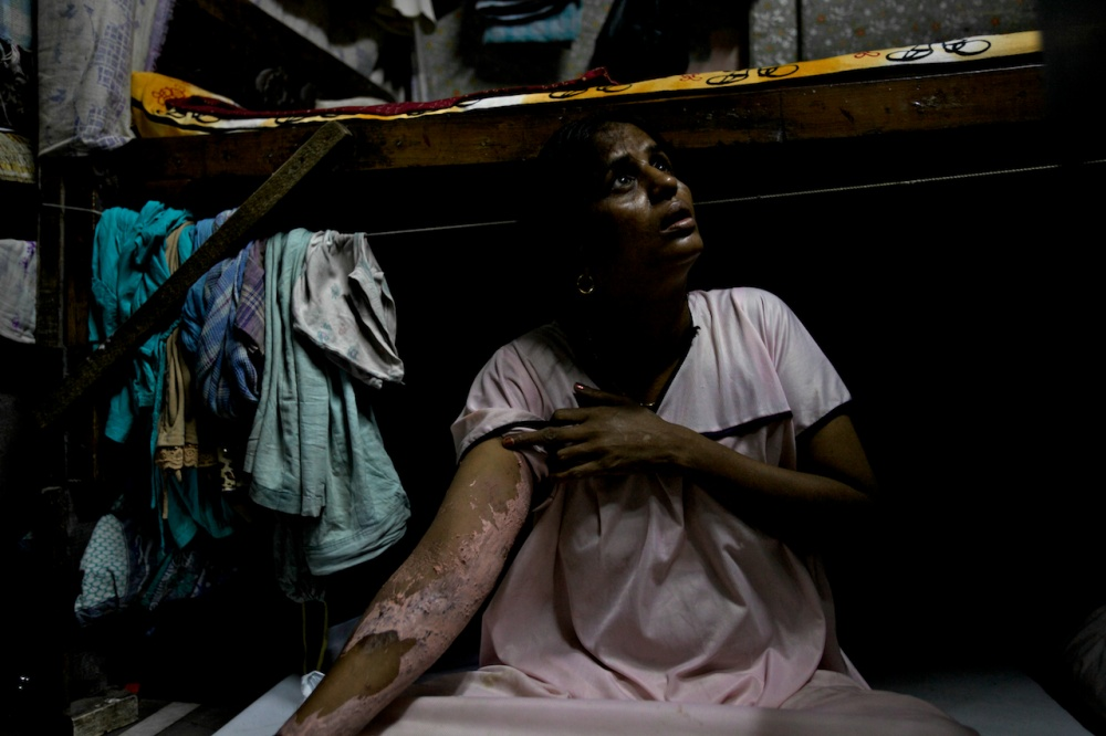 Art and Documentary Photography - Loading The Sisters of Kamathipura  44.jpg