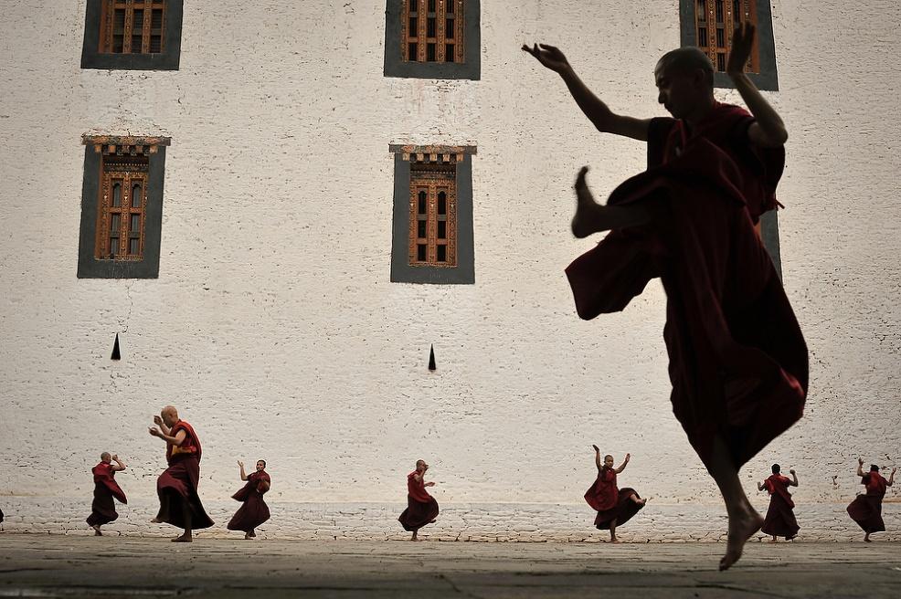 Art and Documentary Photography - Loading Butow_Buddha006.jpg