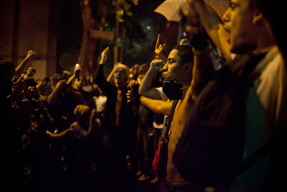 Art and Documentary Photography - Loading rioprotests003.jpg