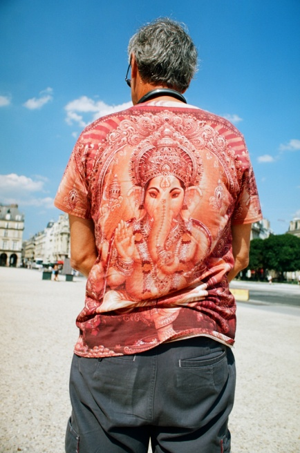 Art and Documentary Photography - Loading 10540010Ganesha.jpg