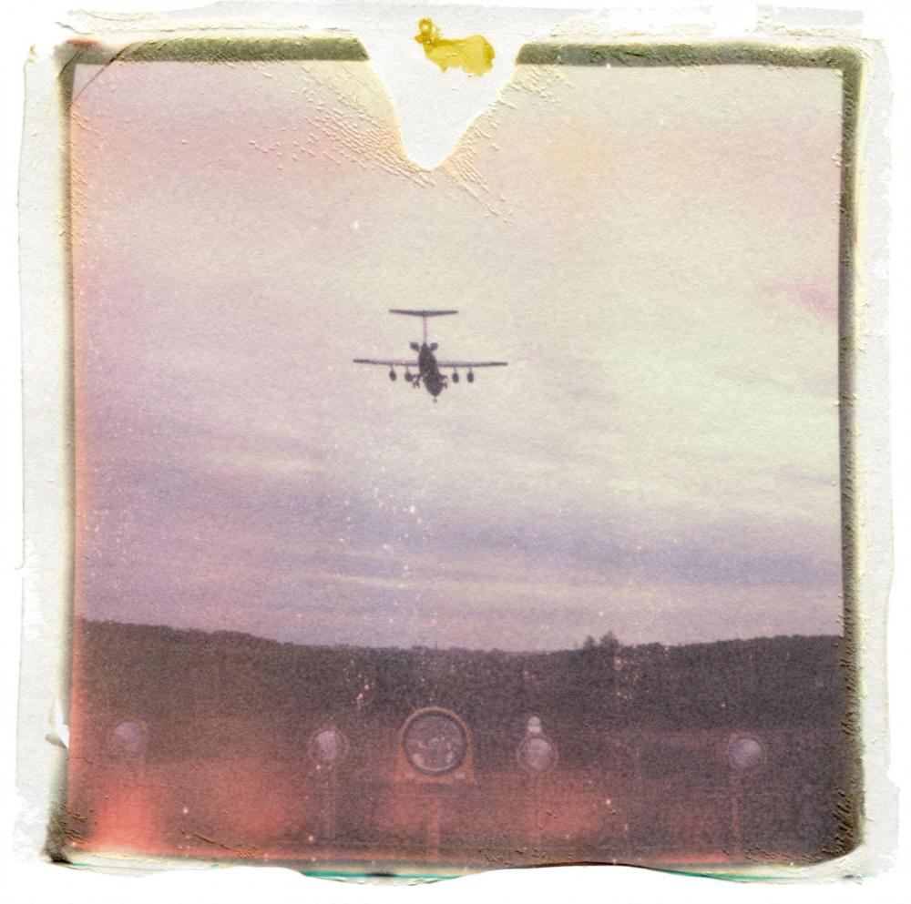 Art and Documentary Photography - Loading 77_11100902_Flugzeug.jpg