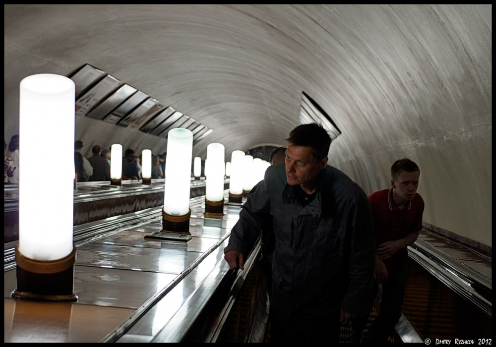 Art and Documentary Photography - Loading _DSC0699На эскалаторе на Смоленской_DSC0699.JPG