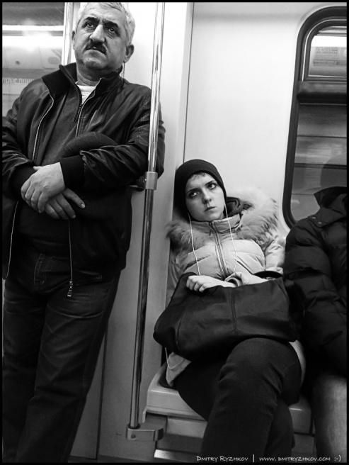 Art and Documentary Photography - Loading DSC_0090 в метро.JPG