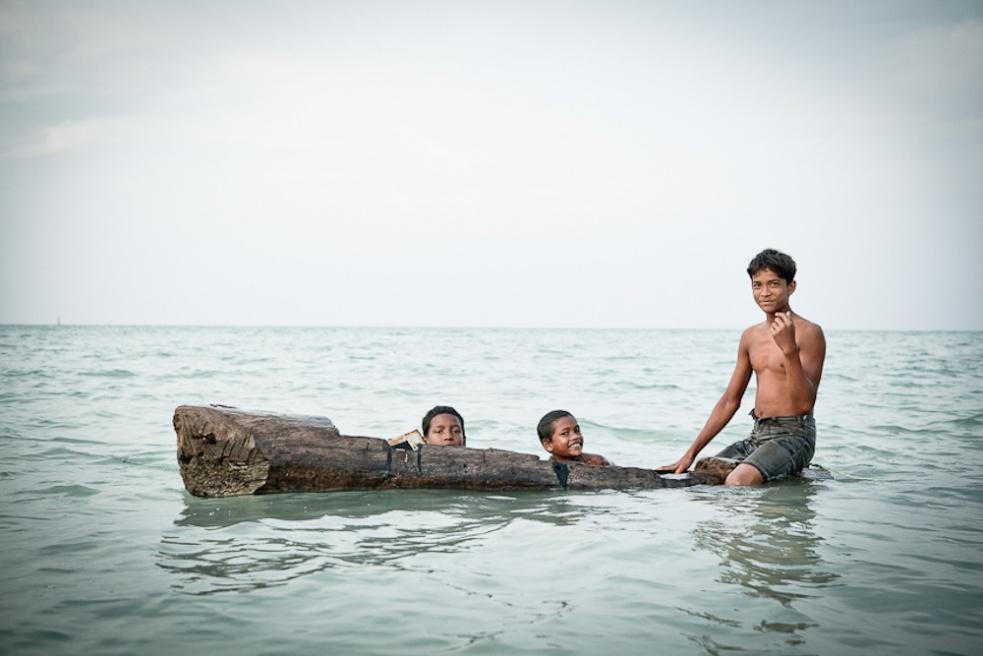 Art and Documentary Photography - Loading IMG_6824People_Danielle_van der Schans_ Andaman&Nicobar islands India.jpg
