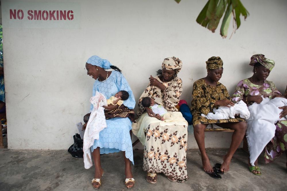 Art and Documentary Photography - Loading 05_Lagos_1876.JPG
