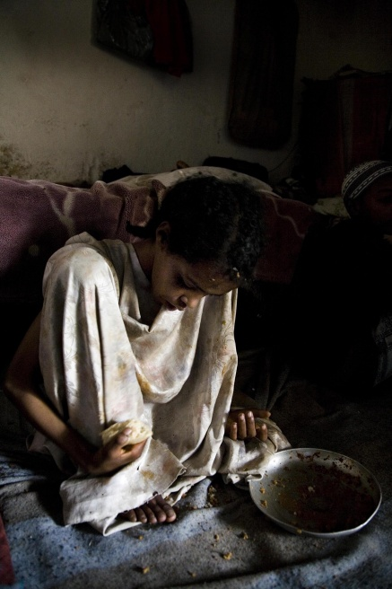 Art and Documentary Photography - Loading Wukro 06.JPG