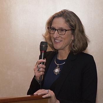 Lynne Buchanan Photo