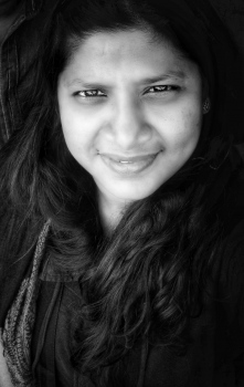 Vidhyaa C Photo