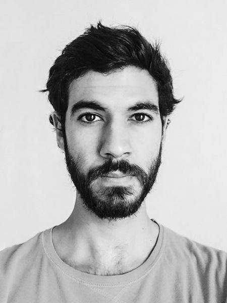 Cesar Dezfuli Photo